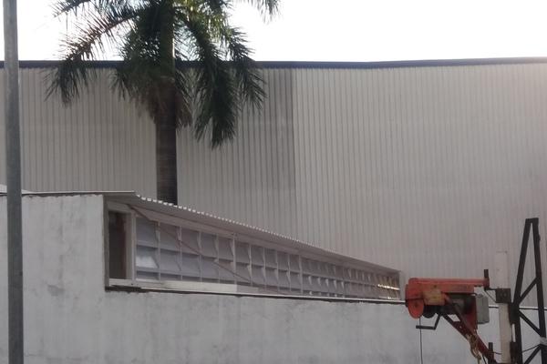 Obra da Camamar Veneziana Industrial